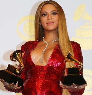 Beyoncé: Veja as fotos inéditas do baby shower da cantora