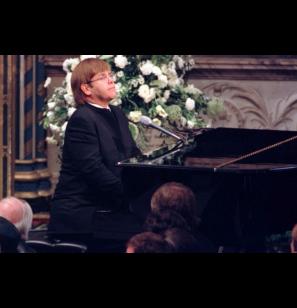 Princesa Diana: A homenagem histórica de Elton John no dia do funeral