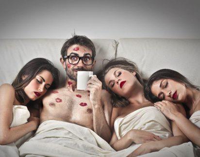 Ter várias parceiras sexuais reduz o risco de cancro, segundo estudo