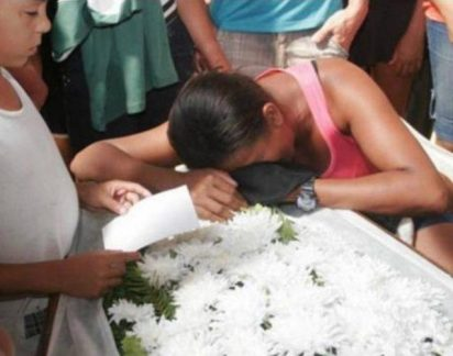 Rapaz descobre que namorada foi sepultada viva ao ouvi-la na campa