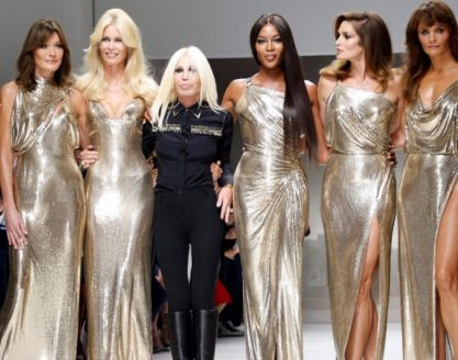 Donatella Versace reúne top models da década de 90
