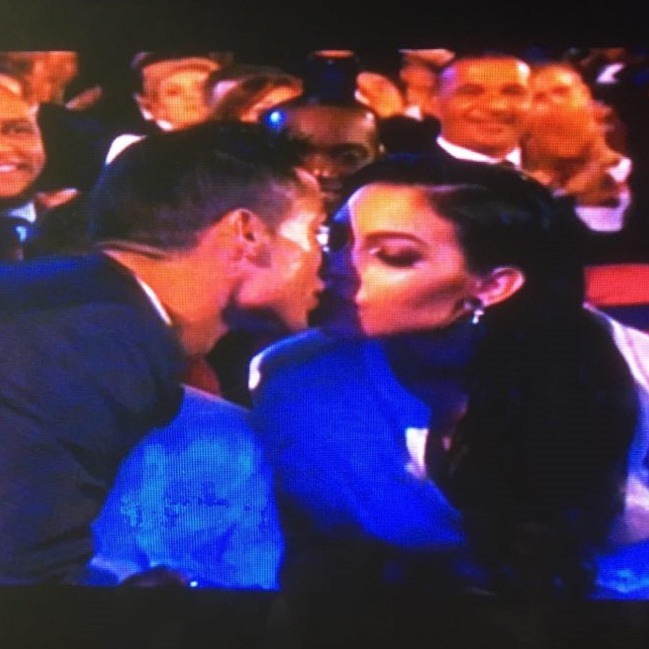 ronaldo e gio beijo