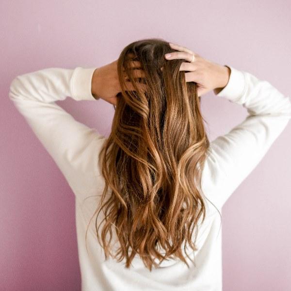 10 truques para dar volume ao cabelo