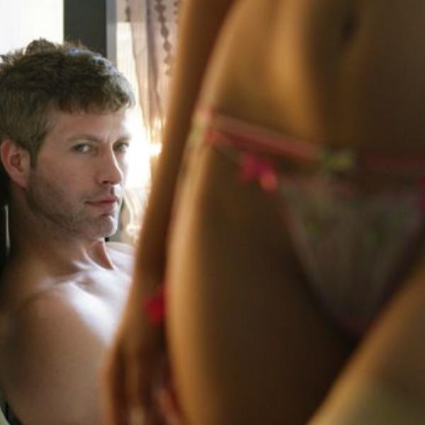 Consultório Maria: «Fico com as cuecas molhadas só de fantasiar com sexo»