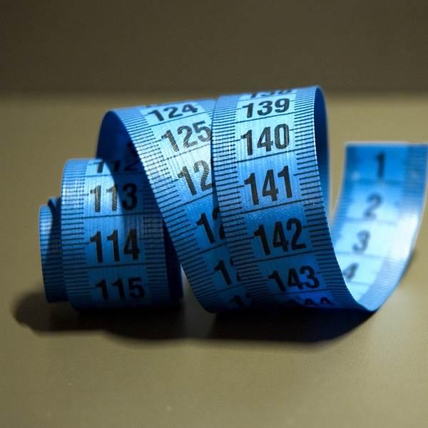 Perder peso sem cometer loucuras é possível. Descubra como!