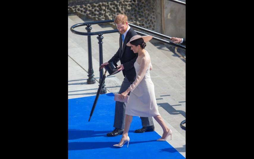 vip-pt-32011-noticia-meghan-markle-o-primeiro-compromisso-oficial-como-duquesa_18