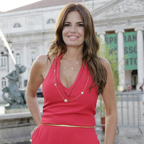 Bárbara Guimarães reaparece em público após fotografia com cabelo rapado