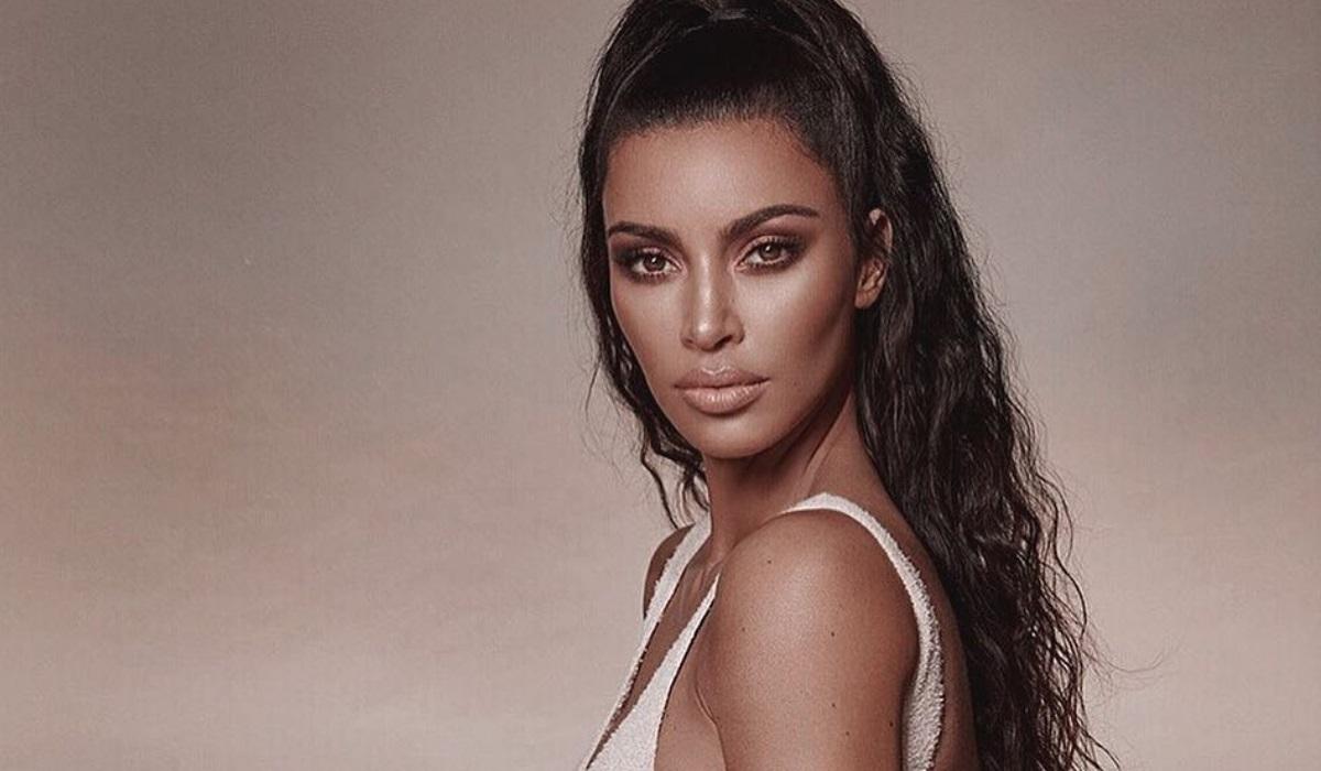 Kim Kardashian revela primeira fotografia do quarto filho