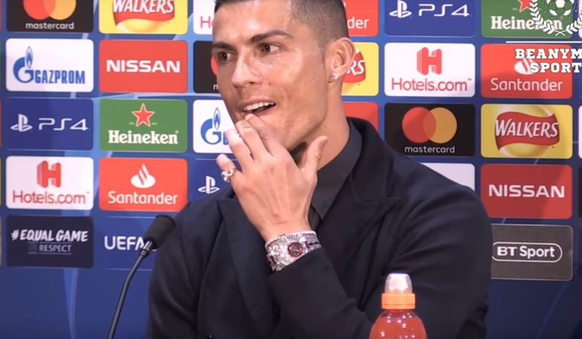 25eb11589f1 O relógio de Cristiano Ronaldo que custa quase 2 milhões de euros!