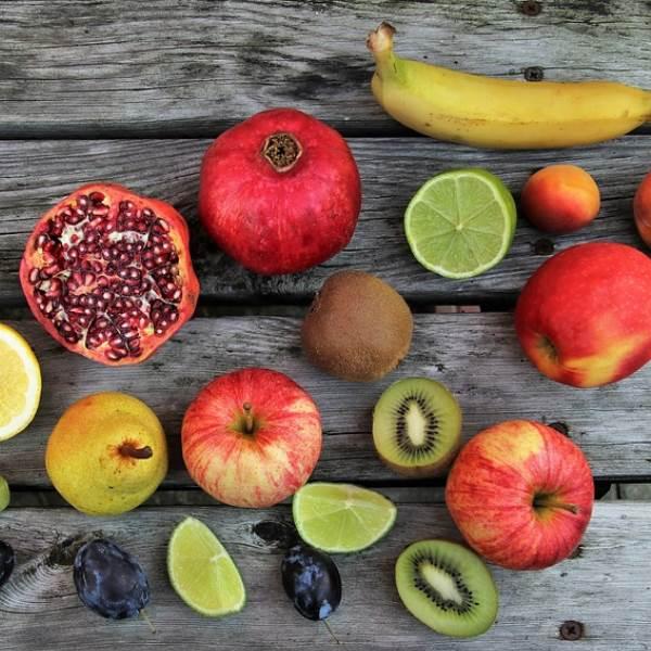 Preocupada com a celulite? Estes 8 alimentos ajudam a acabar com a pele casca de laranja