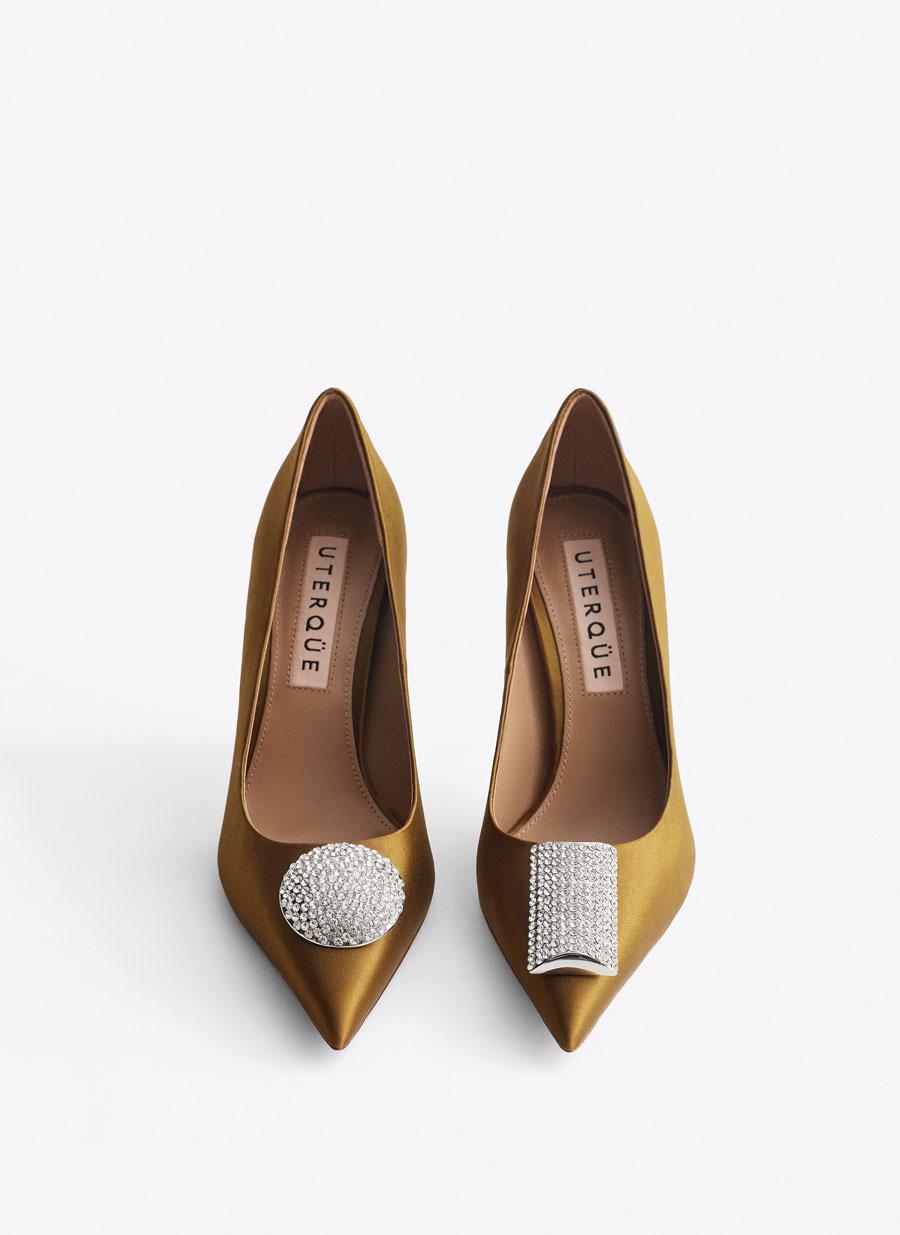 Sapatos Uterque. 99 euros