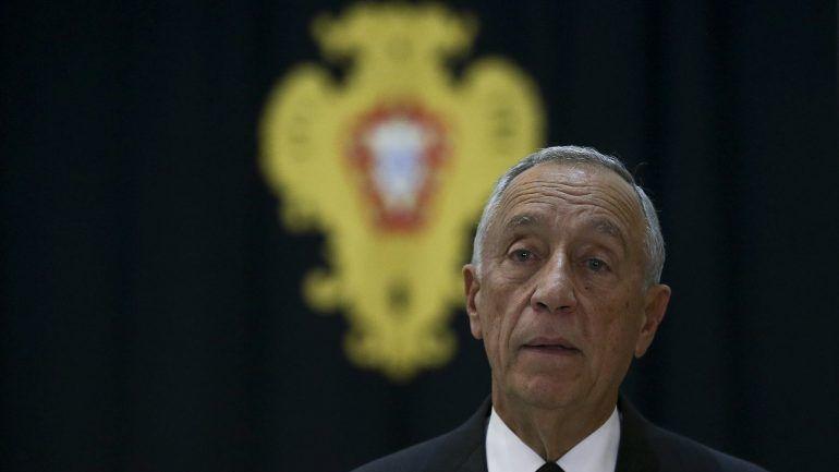 Marcelo Rebelo de Sousa homenageia vítimas de acidente na Madeira