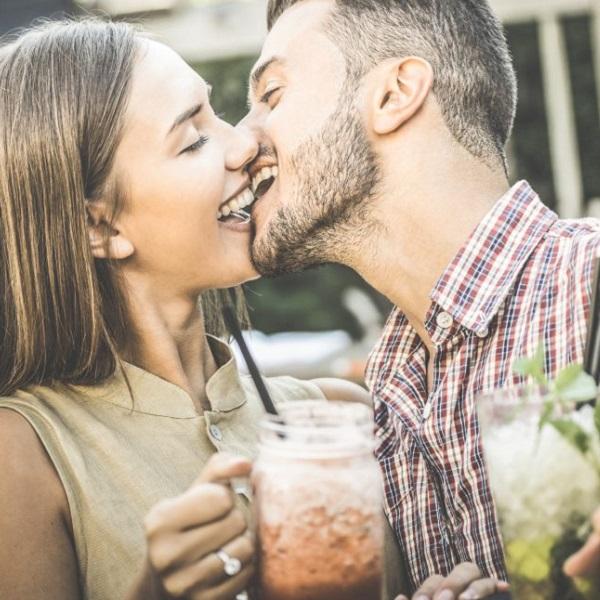 Como é o beijo de cada signo? Descubra!