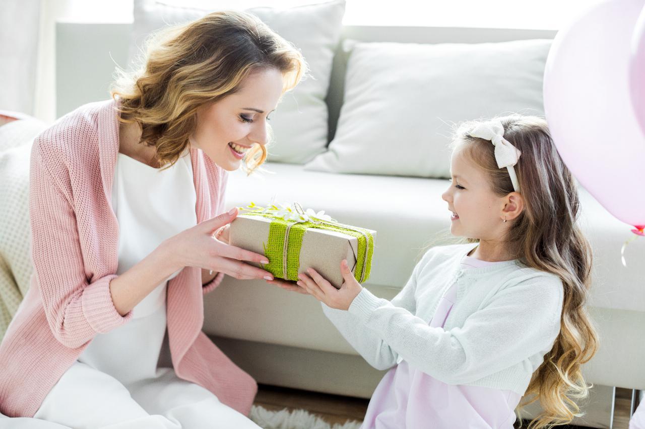 «A minha mãe acha que eu sou uma péssima mãe para a minha filha»