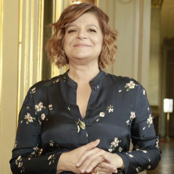 Júlia Pinheiro comparada a «menina de escola» devido ao look escolhido!