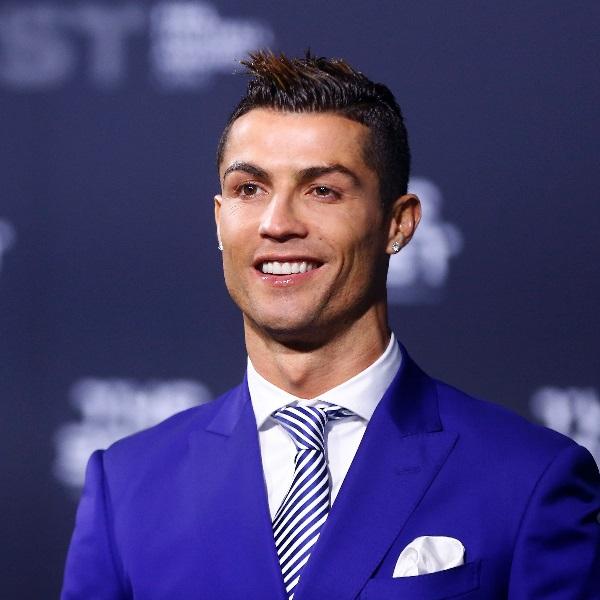Cristiano Ronaldo e Sousa Martins vestiram-se de igual na TVI e nem deram por isso