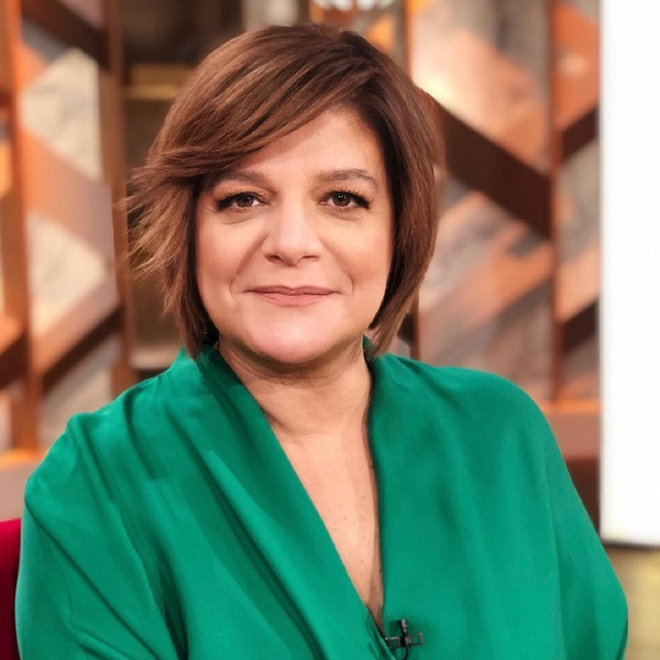 Júlia Pinheiro interrompe espectáculo para salvar mulher desmaiada na plateia
