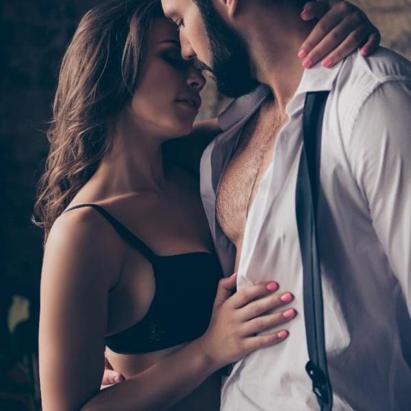 Homens com ou sem barba? Saiba qual é que lhe irá dar mais prazer na hora do sexo!