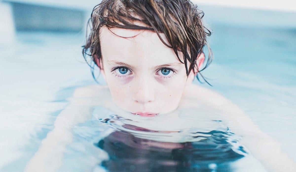 Existe transmissão da Covid-19 nas piscinas? Eis a resposta