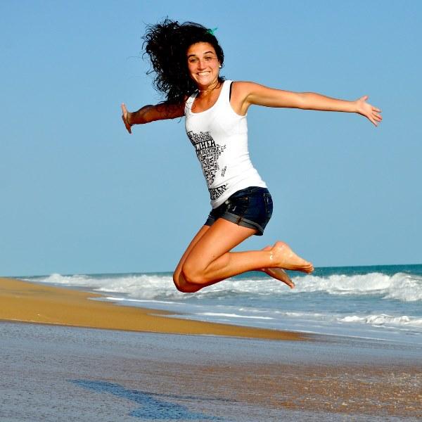 Dicas para trabalhar as pernas enquanto está na praia