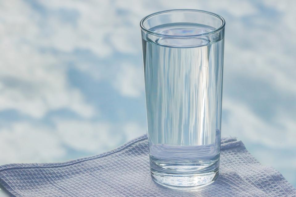 copo de agua pixabay