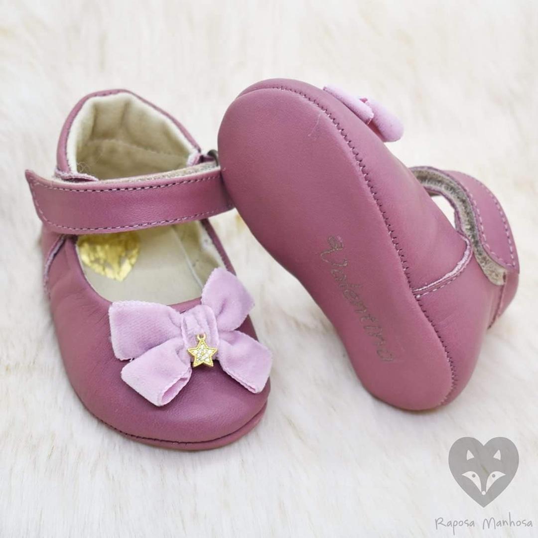 Os sapatos de Valentina, filha de Katia Aveiro