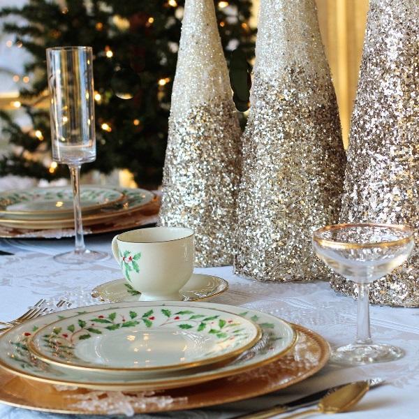 Vai dar um jantar de Natal? Há regras de etiqueta a seguir para não desiludir os convidados