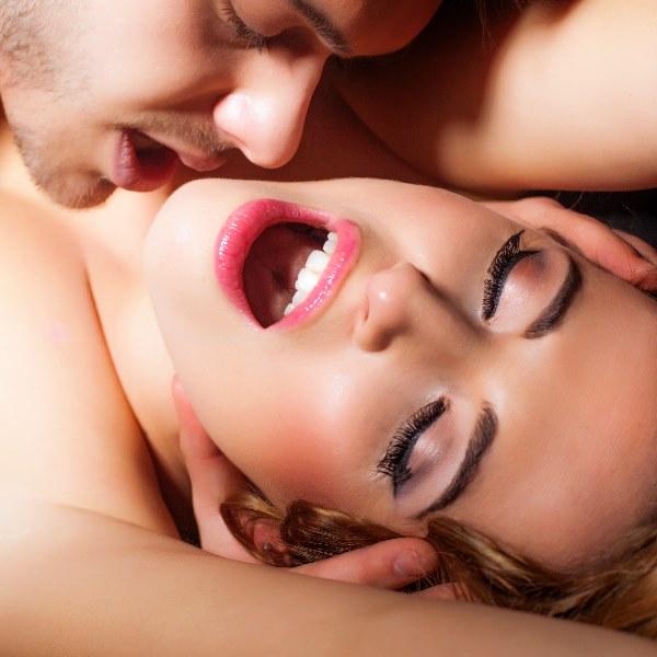 Diário de Maria: «Os meus orgasmos são mais intensos quando sou eu a masturbar-me»