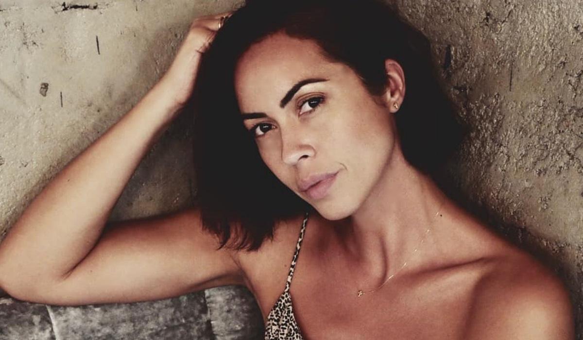 Debora Monteiro dest