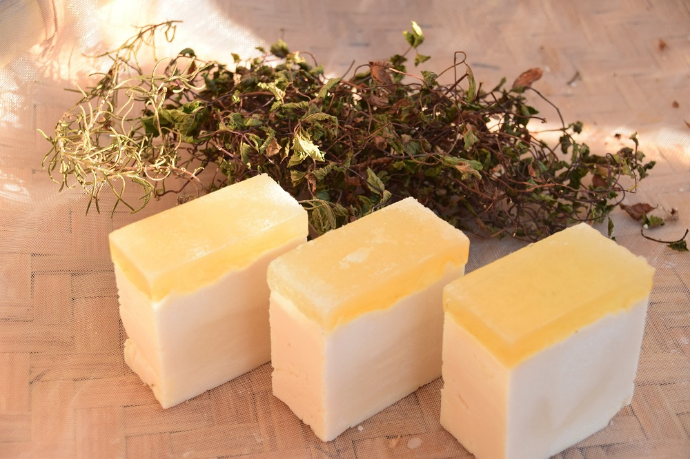 handmade-soap-3750714_1920