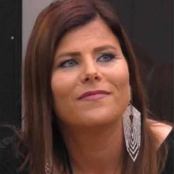 Noélia relata passado trágico e admite que esteve «dois dias num hospital psiquiátrico»