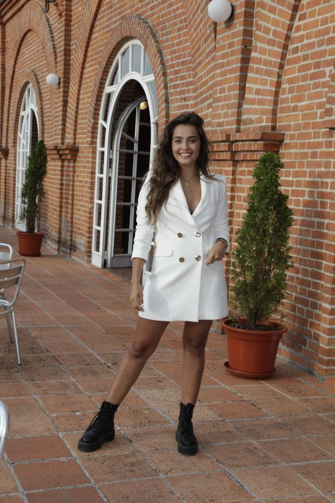 Angie Costa Covid-19