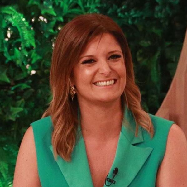 Maria Botelho Moniz comete gafe e troca TVI por SIC em direto no Você na TV!