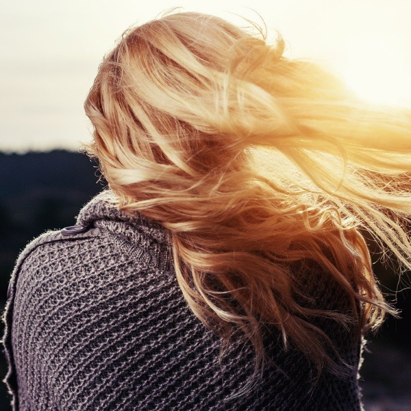 Sabe lavar bem o cabelo? Tome nota dos dez erros a evitar
