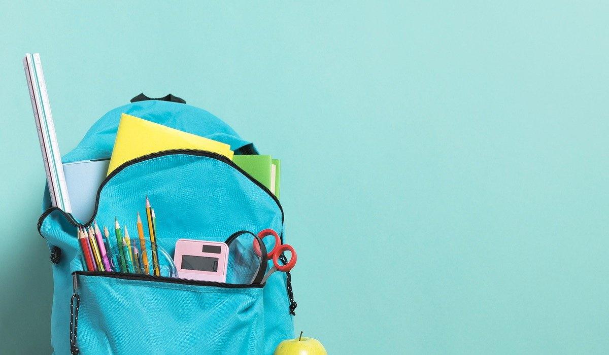 Alerta pais! Não desvalorize o peso das mochilas dos seus filhos e siga as dicas médicas