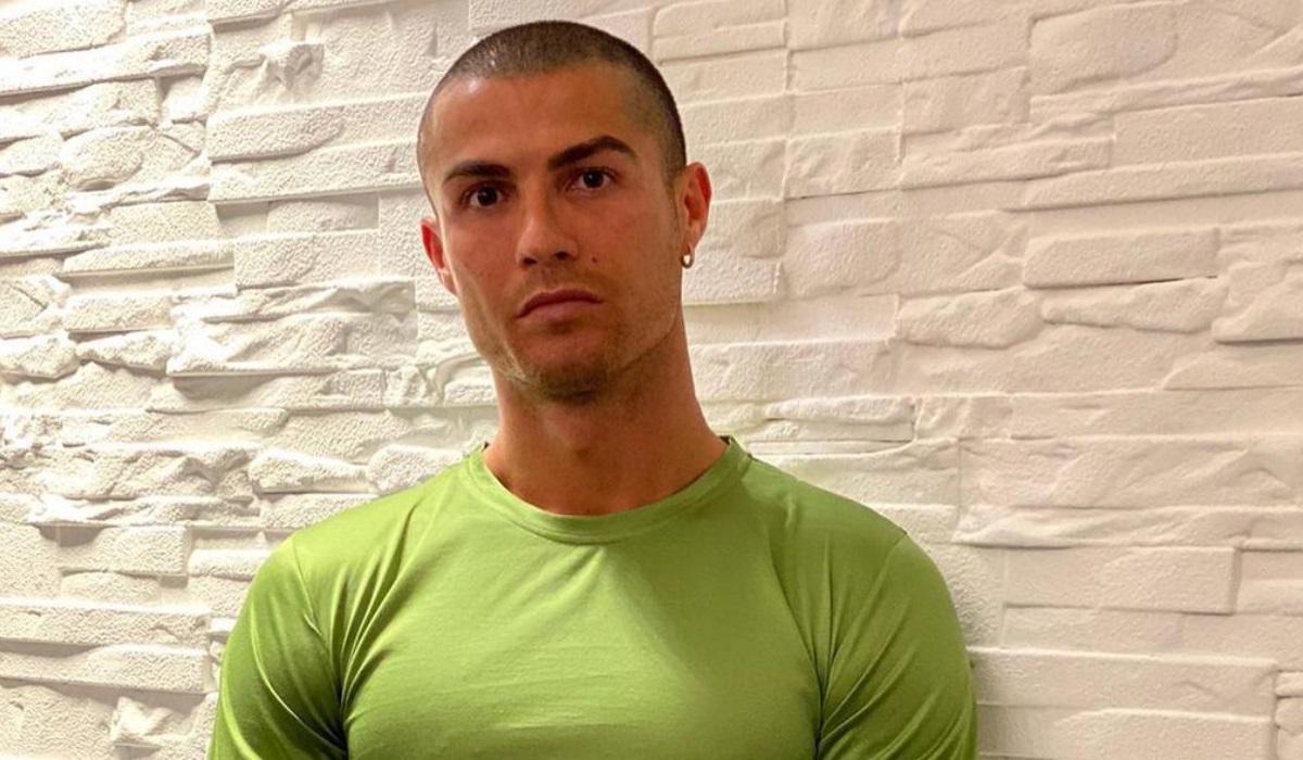 """Cristiano Ronaldo apaga comentário onde arrasa testes à covid-19: """"É uma treta"""""""