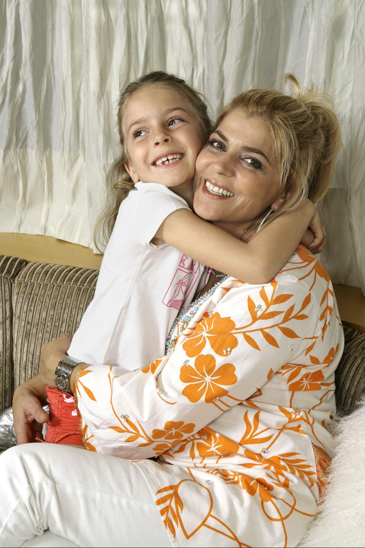 Sara Carreira, Tony Carreira, família