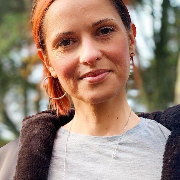 Sobrinha de Vera Kolodzig estreia-se como atriz ao lado da tia, na SIC.