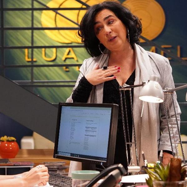 Amor Amor: Paloma ajuda Mel e Linda para se vingar de Ângela