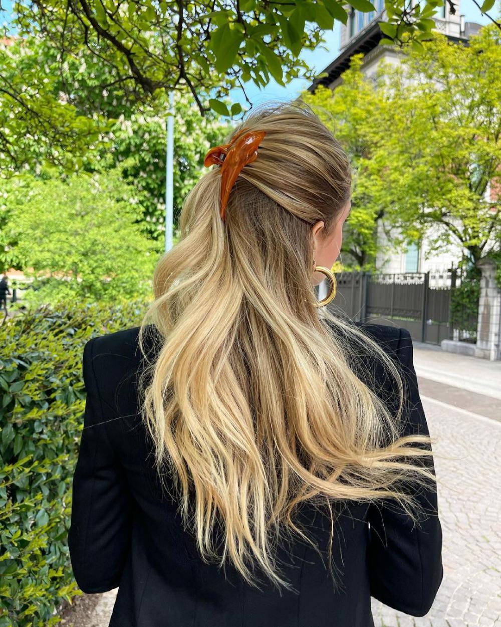 molas no cabelo