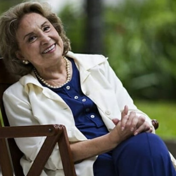 Morreu a atriz Eva Wilma. Daniel Oliveira faz sentida homenagem