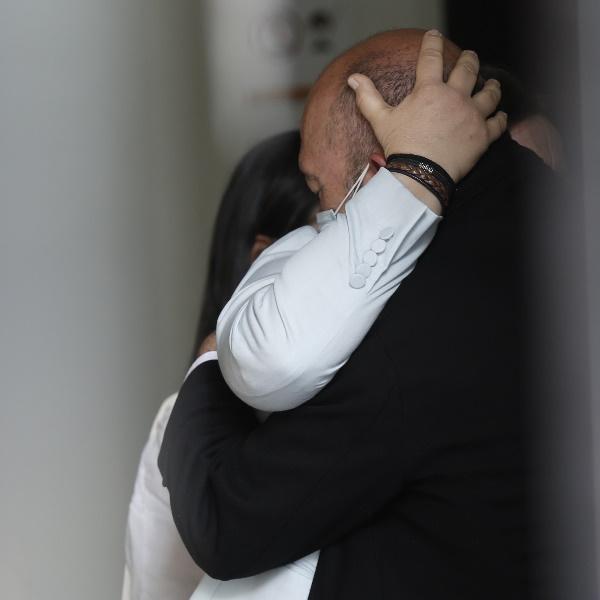 José Raposo: O rosto da dor no velório de Maria João Abreu