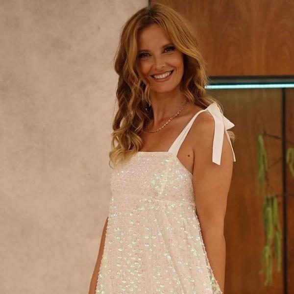 Cristina Ferreira fecha a porta da mansão da TVI e passa férias com companhia de luxo