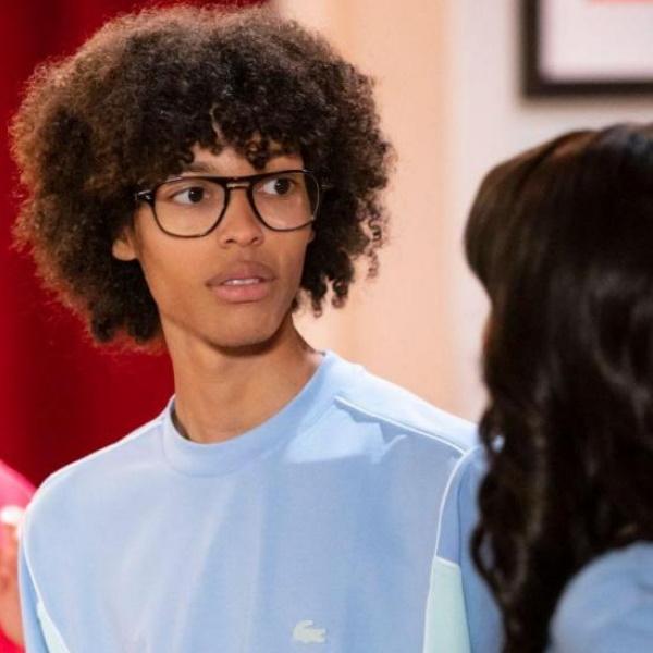 Festa é Festa: Louis faz revelação sobre Carlos e deixa Ana Carolina em choque