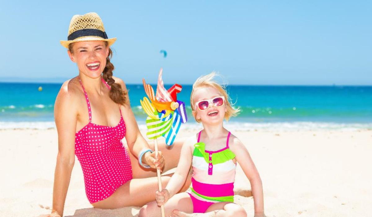 """Férias: Acabe com o """"Oh mãe!"""" na praia com momentos divertidos e tranquilos"""
