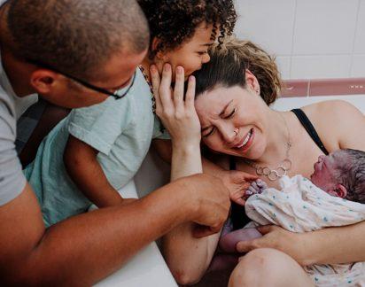 Concurso divulga as 20 fotos mais incríveis de partos em 2018