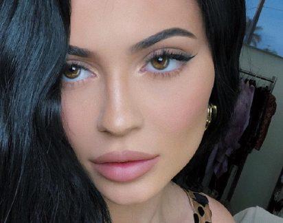 Ovo 'passa a perna' a Kylie Jenner! Veja a foto com mais gostos no Instagram