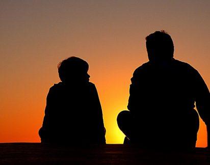 «A minha vida mudou quando o meu pai assumiu a homossexualidade»