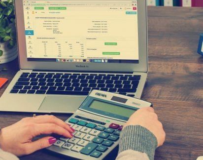 Finanças pessoais descontroladas? Conselhos para prevenir e reagir às dívidas